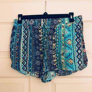 LARGE tribal print shorts ✨